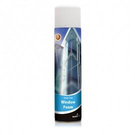 Üveg és egyéb felületek tisztítására szolgáló hab