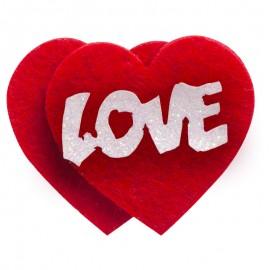 """""""Love"""" szívecskéket"""