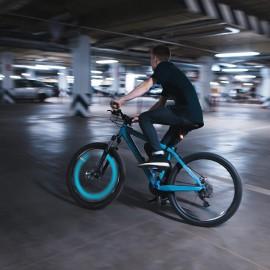 Bicikliszelepre helyezhető LED lámpák